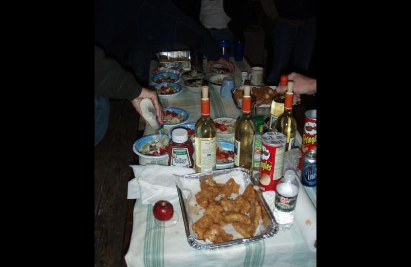 Dining at Stokes Bay Resort.