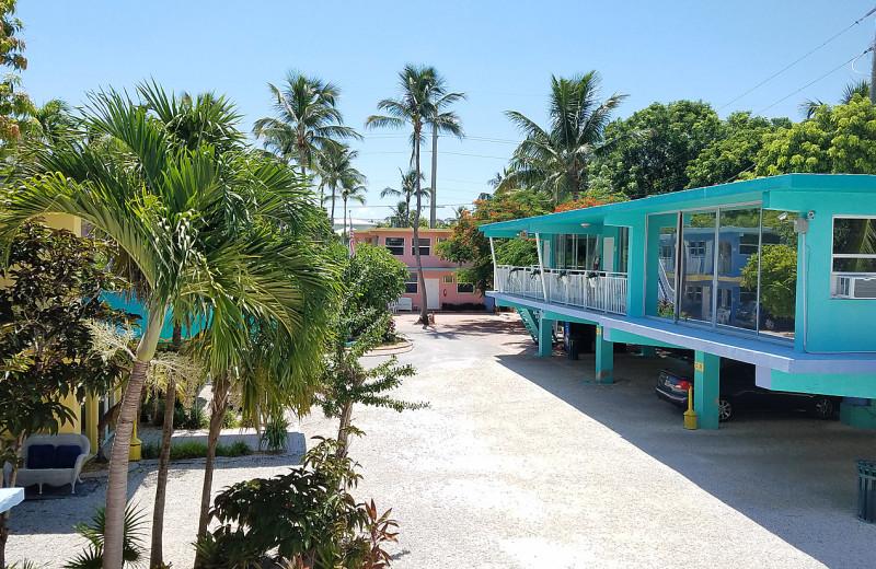 Exterior view of La Jolla Resort Hotel.