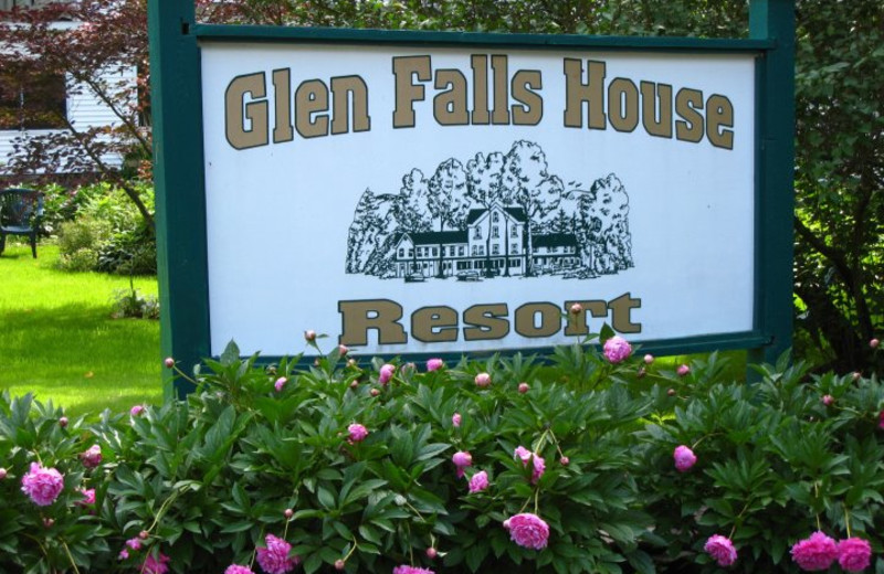 Welcome to Glen Falls House