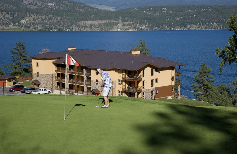 Golf at Lake Okanagan Resort