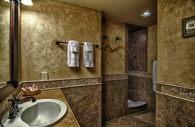Guest bathroom at Vista Verde Ranch.