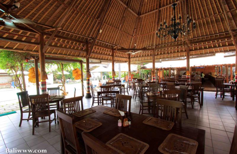 Dining at Hotel Aneka Kuta.
