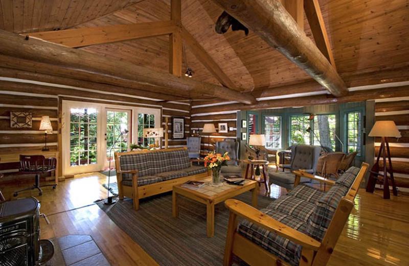 Cabin living room at Killarney Lodge.