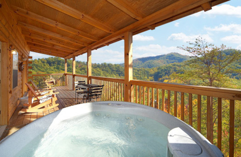 Outdoor whirlpool at vacation home at American Patriot Getaways, LLC.