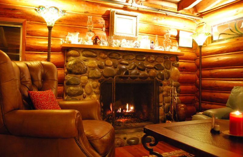 Guest living room at Ocean Wilderness Inn & Spa Retreat.