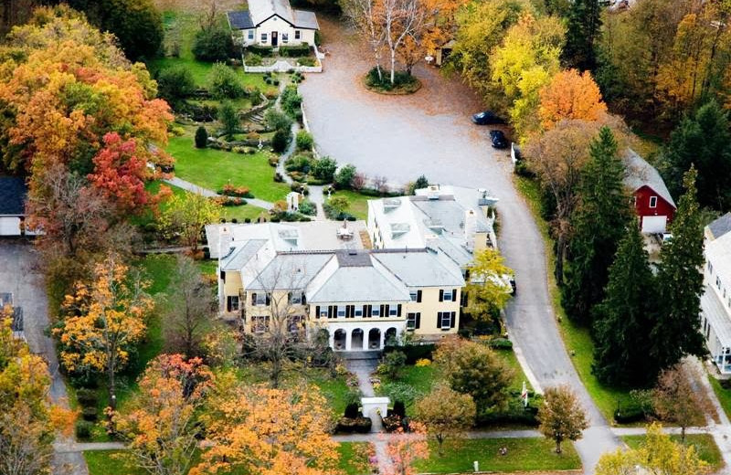 Aerial view of The Lilac Inn.