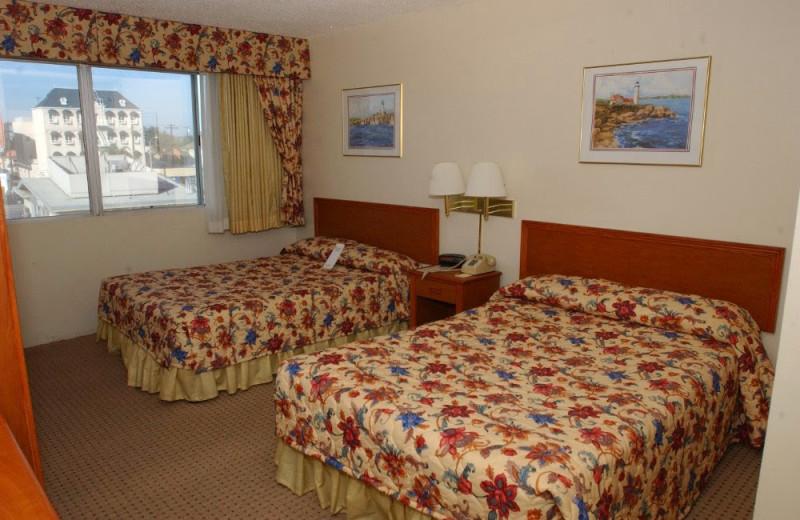Guest room at Vagabond Inn Long Beach.