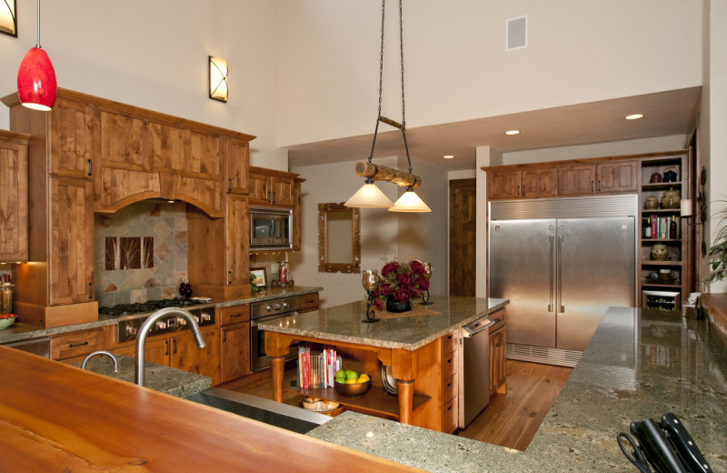 Vacation rental kitchen at Cabin and Company.