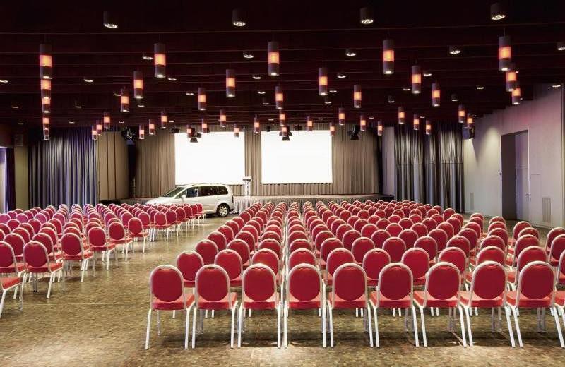 Conference room at Mövenpick Zurich-Regensdorf.