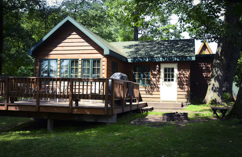 Cabin exterior at Tri Lake Timbers Resort.