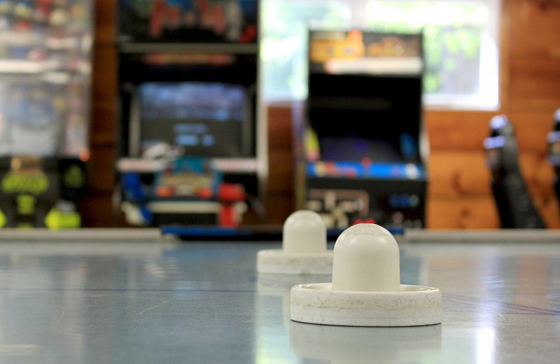 Game room at Mi-Te-Jo Campground.