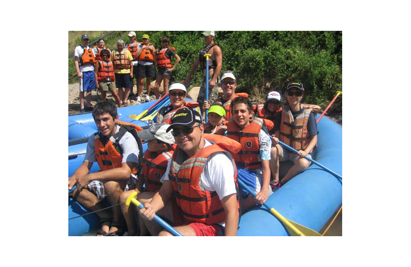 Rafting at Rimrock Dude Ranch.