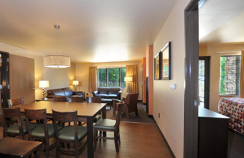 Dining room at Baker's Sunset Bay Resort.