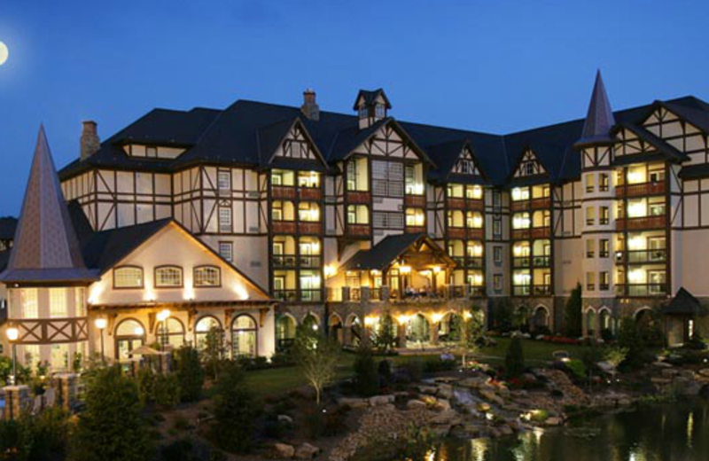 The Inn at Christmas Place (Pigeon Forge, TN) - Resort Reviews ...