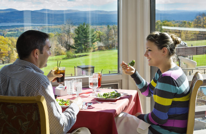 Dining at Steele Hill Resorts.