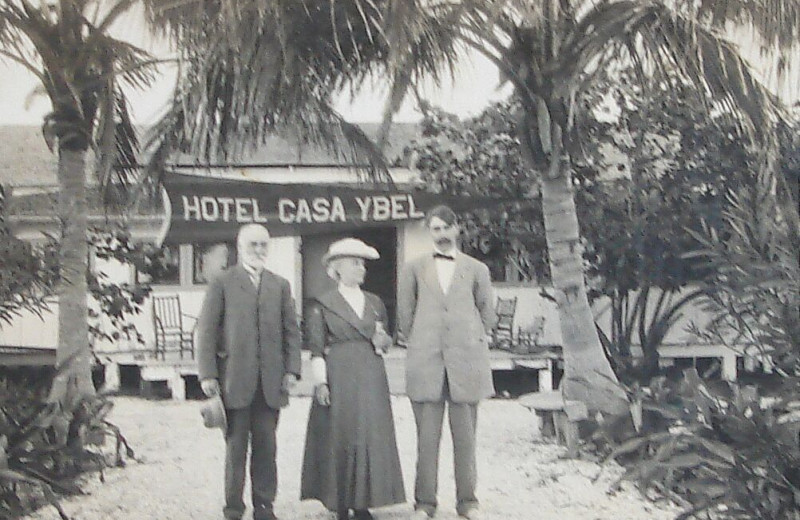 Historic photo of family at Casa Ybel Resort.