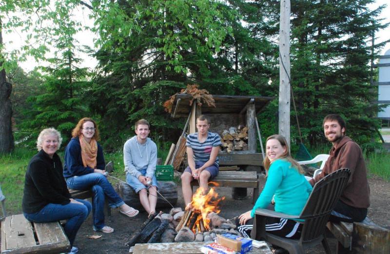 Bonfires at Wolf Den Hostel and Nature Retreat.