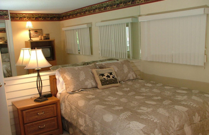 Bedroom at Mountainside Resort