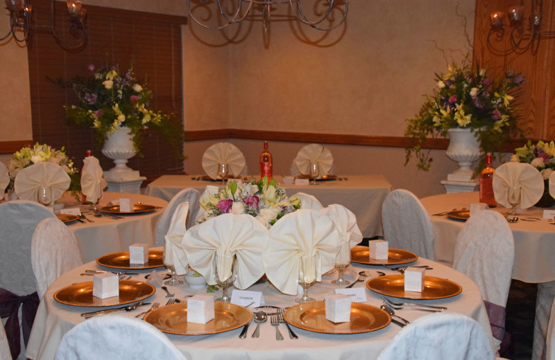 Weddings at Stone Gate Inn.