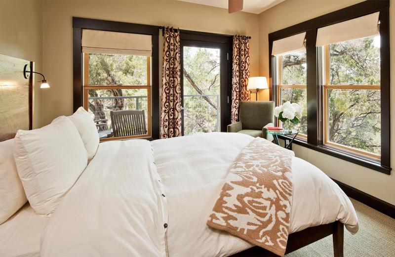 Guest room at Travaasa Austin.