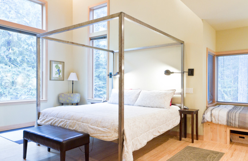 Rental bedroom at Luxury Getaways.