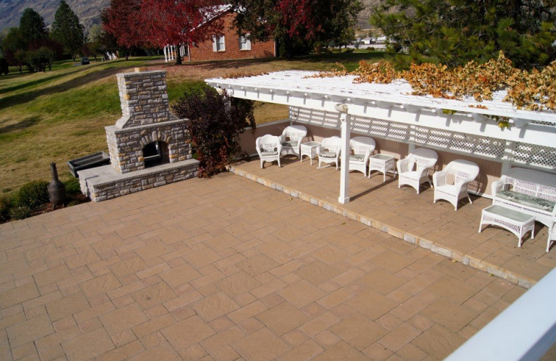 Patio at South Thompson Inn & Conference Centre.