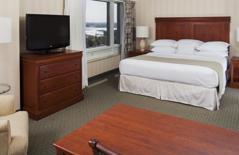 Guestroom at the DoubleTree Fallsview Niagara Falls
