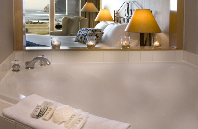 Luxury bathrooms at Inn at Cape Kiwanda.