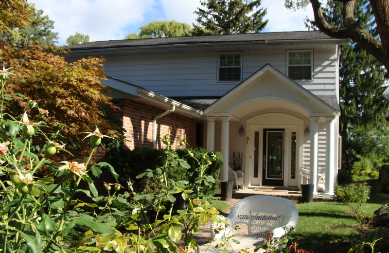 Exterior View of Niagara Holiday Rentals