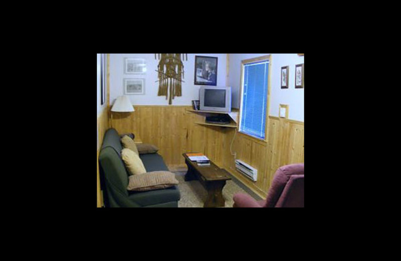 Cabin living room at Cheechako Cabins.