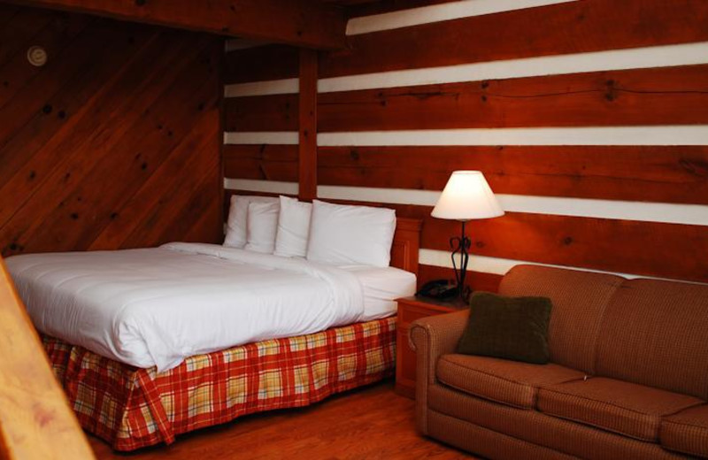 Guest bed loft at Timbers Lodge.