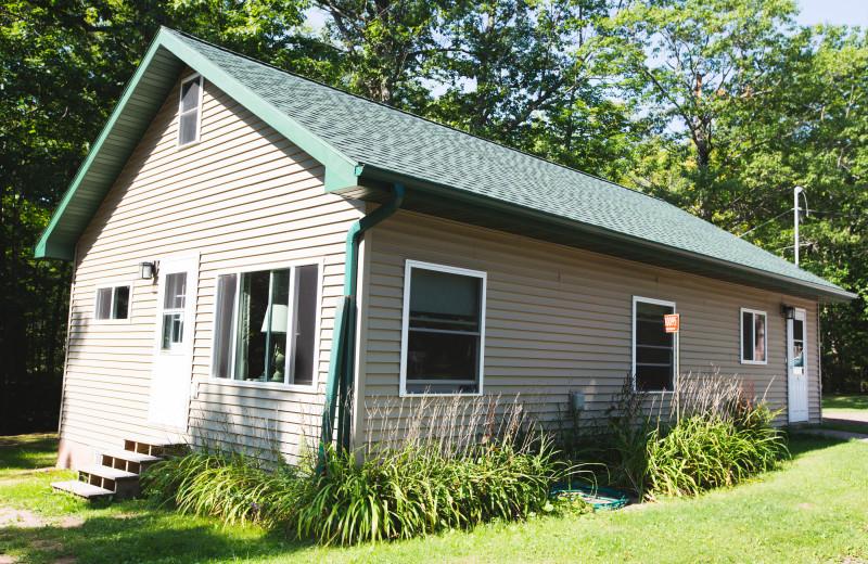Cottage exterior at Mission Springs Resort.