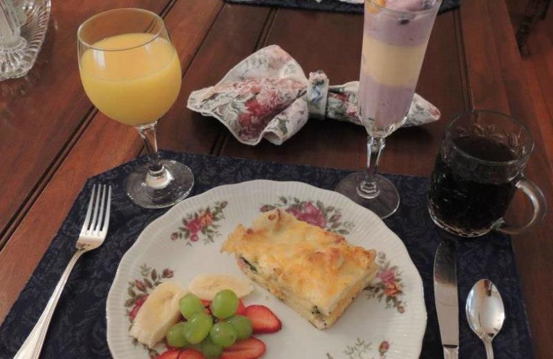 Breakfast at Magnolia Inn Bed & Breakfast.