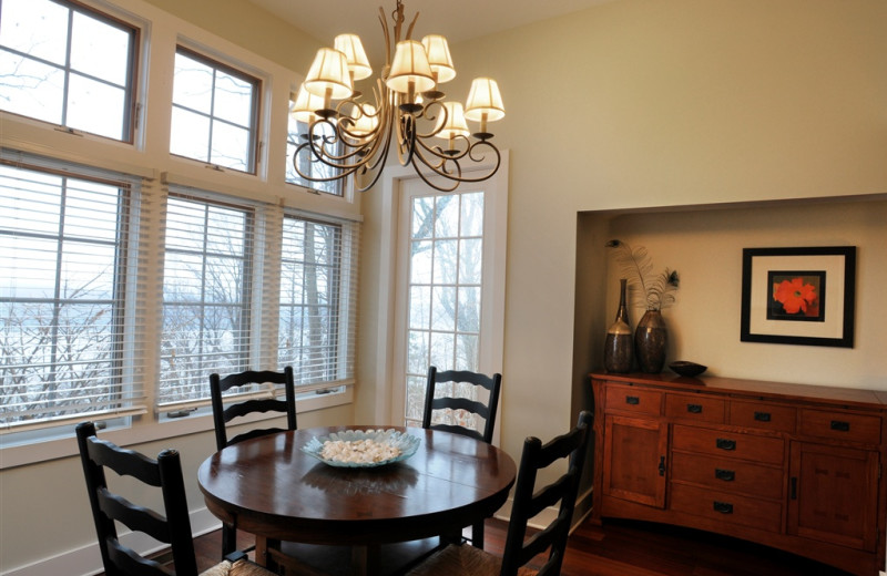 North Cottage dining table at Buttermilk Falls Inn & Spa.