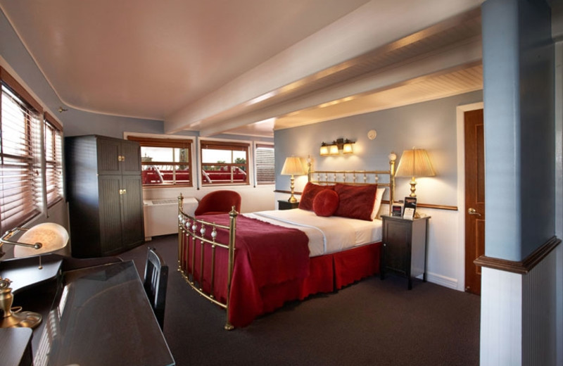 Guest room at Delta King.