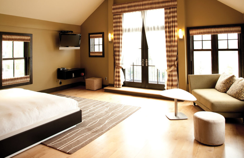 Guest room at Lake House Inn.