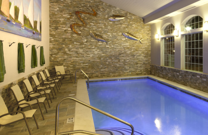 Indoor pool at Stage Neck Inn.