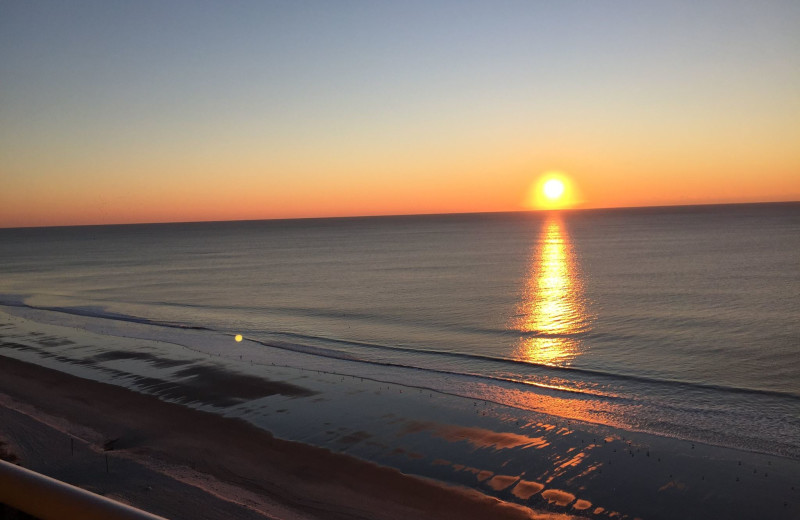 Beach sunset at Carolina Winds.