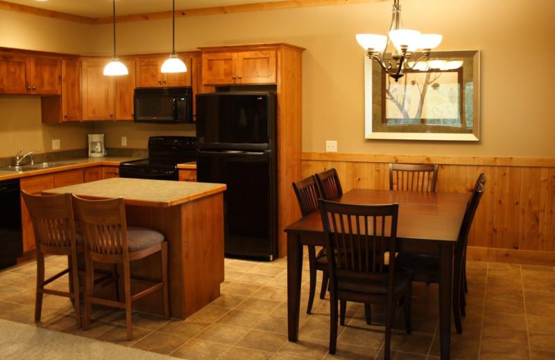 Guest kitchen at Ruttger's Bay Lake Lodge.