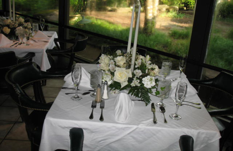 Wedding reception at Red Apple Inn and Country Club.