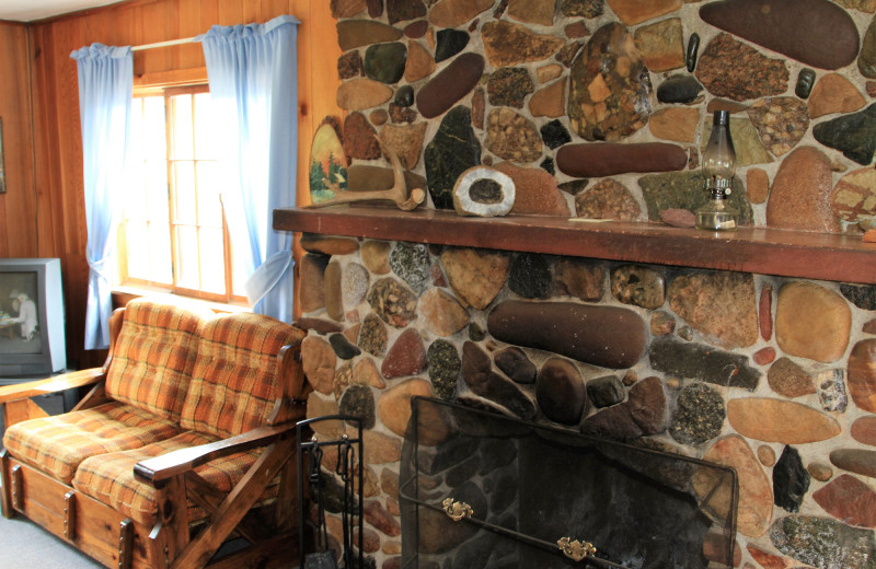 Cabin fireplace at Lone Wolf Cabins and Getaway.