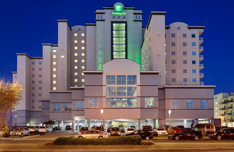 Exterior view of Holiday Inn Suites Ocean City.