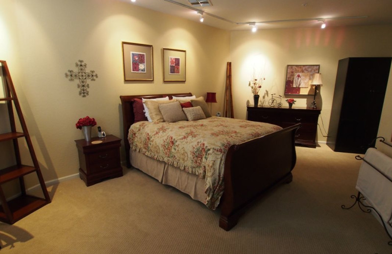 Vacation rental bedroom at SkyRun Vacation Rentals - Scottsdale, Arizona.