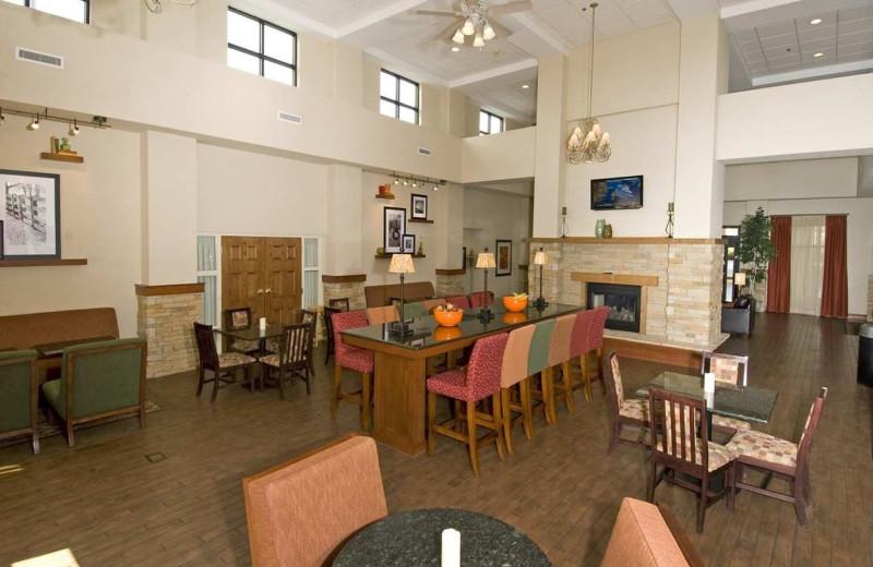 Lobby view at Hampton Inn & Suites Springfield.