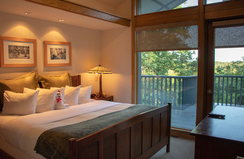 Guest bedroom at 1886 Crescent Hotel & Spa.