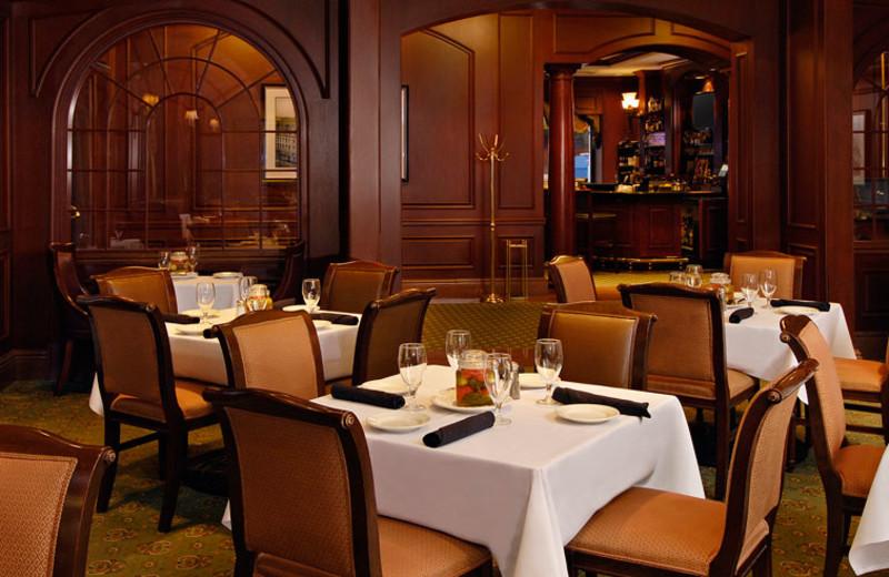 Dining room at Omni San Francisco Hotel.