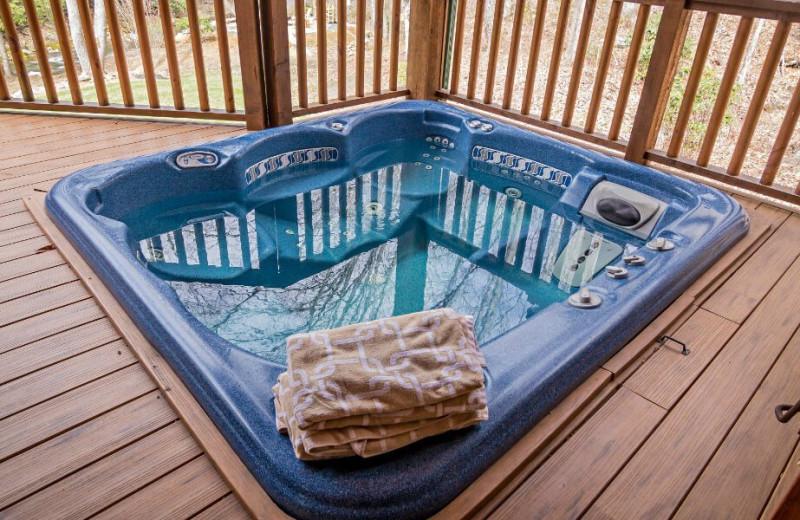 Hot tub at The Lodge at River Run.