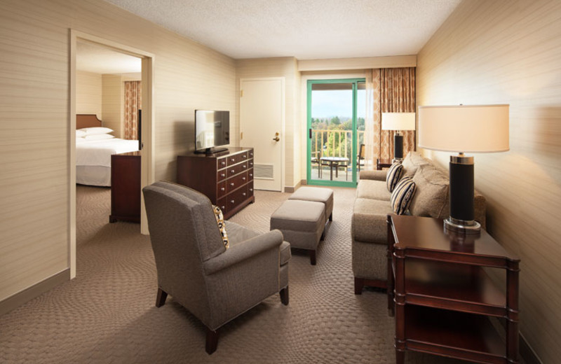 Guest suite at Sheraton San Jose Hotel.