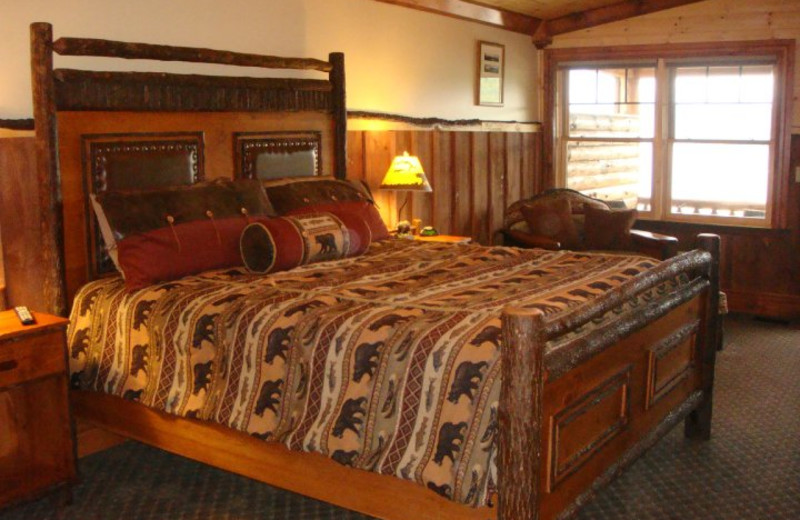 Bedroom at The Lodges at Cresthaven on Lake George.