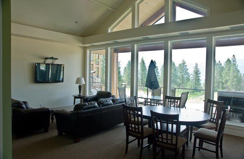 Rental living room at realTopia Vacation Rentals.